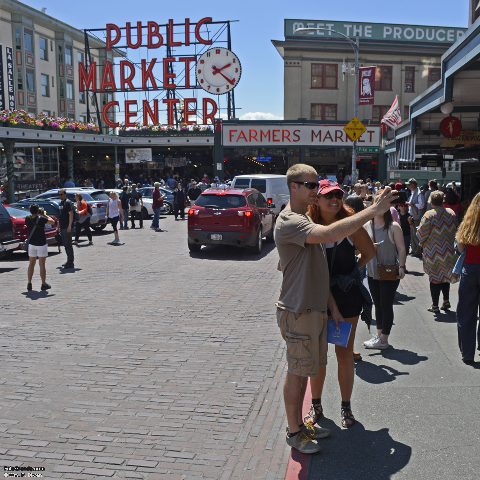 Picture me on Pike Street